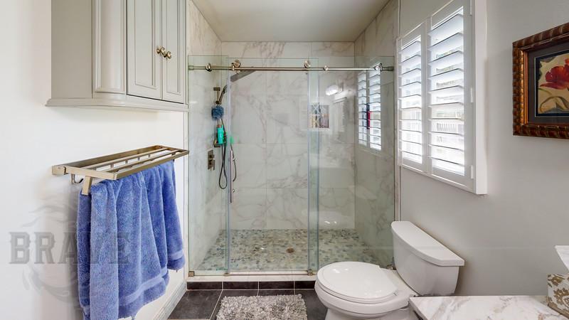 24430-NW-24th-Ave-Newberry-FL-Bathroom.jpg