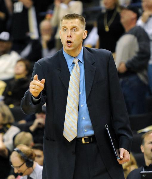 Coach Mark Pope.jpg