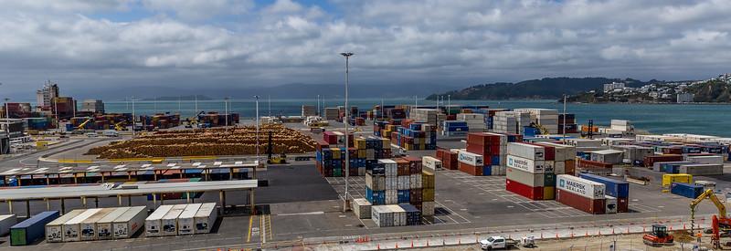 Der Container- und Holz-Hafen in Wellington