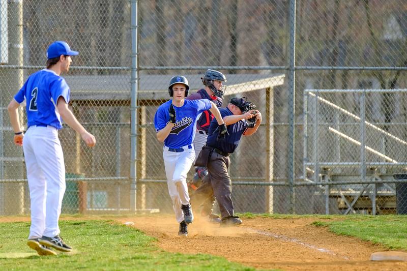 TCS Varsity Baseball 2019-126.jpg