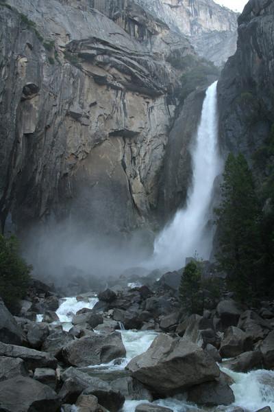 0668 Yosemite Falls.jpg