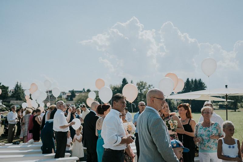 Tu-Nguyen-Wedding-Hochzeitsfotograf-Hochzeitsreportage-Neuwied-Bonn-Koblenz-Jan-Jessica-101.jpg