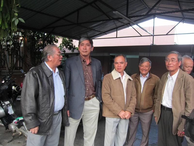 Phạm Văn Tuệ, Nguyễn Chấn Thành, Bùi Thanh, Đặng Mậu Phước,Trần Bá (Phu Hynos),Trương Mùa