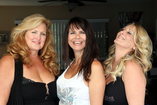 FTOB Nov '12: Linda Wendy Rhonda