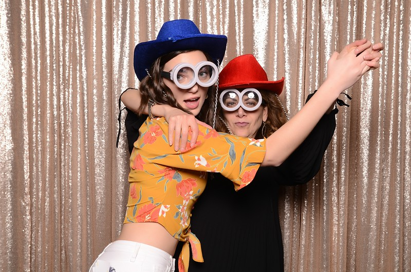 20180324_MoPoSo_Seattle_Photobooth_Number6Cider_Thoms50th-295.jpg
