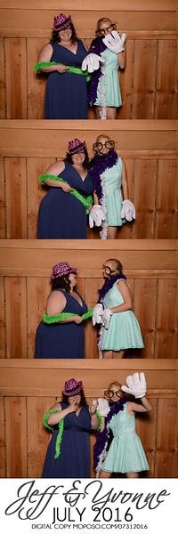 20160731_MoPoSo_Wedding_Photobooth_JeffYvonne-16.jpg