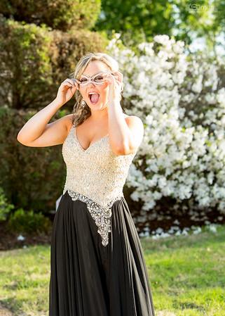 Taylor - Prom