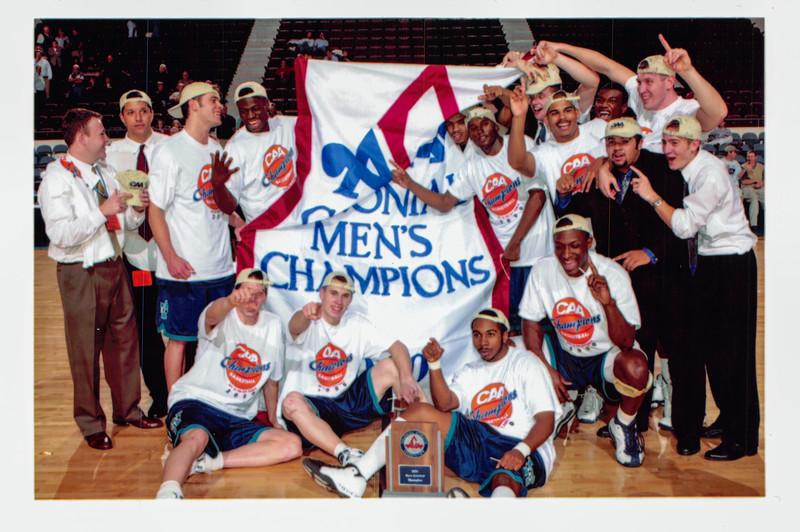 UNCW Basketball 99-00-61.jpg