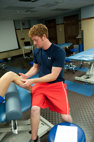 Physical_Therapy_Class-7078.jpg