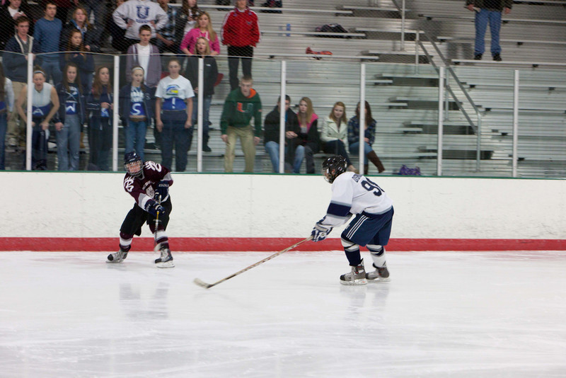 20110224_UHS_Hockey_Semi-Finals_2011_0217.jpg