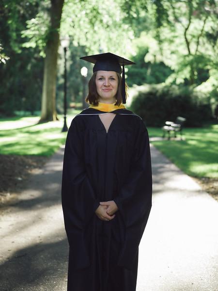 Amanda-Graduation-2017-13.jpg