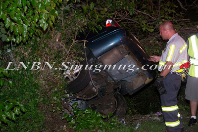 Merrick Car into Woods Sunrise Hwy. 8-24-11