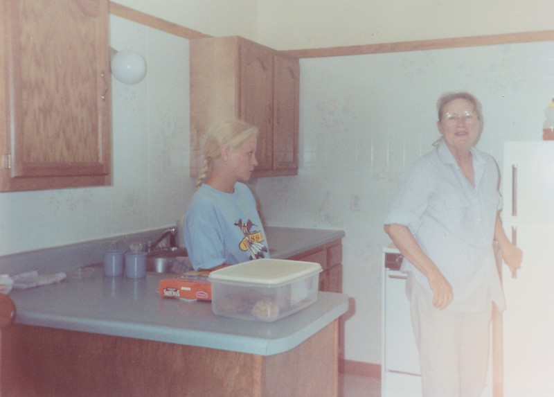 SCN_0238 RAEANN JOYCE MOM MARYS KITCHEN I GUESS 1980S YEAR QUESTION MARK.jpg