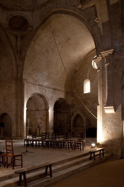 Sénanque, Notre- Dame Abbey Transept