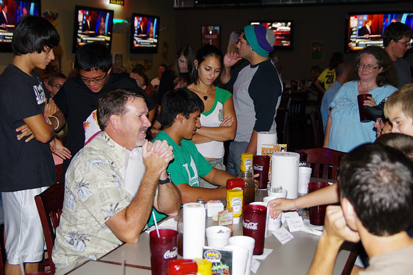 Pluckers Wing Eating Contest 2010
