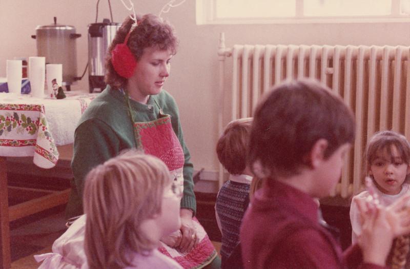 Christmas 1985 - Greenham Common_0025.jpg