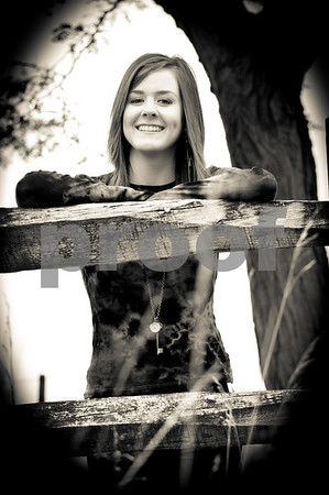 Senior Pictures 2011 - Elisa & Kadi