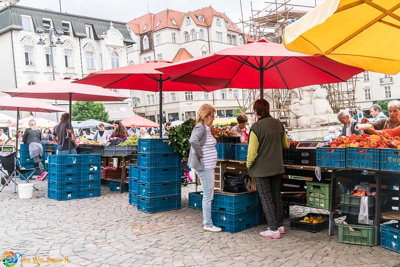 Cabbage-Market-04310.jpg