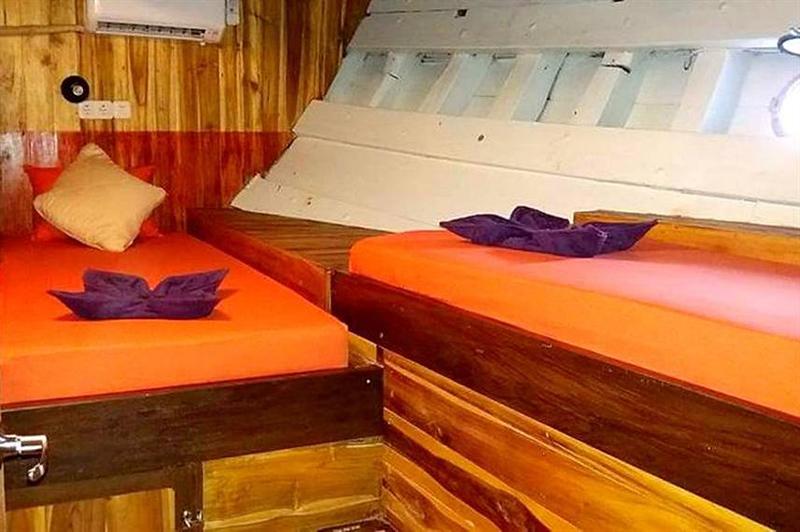 Twin Cabin.jpg
