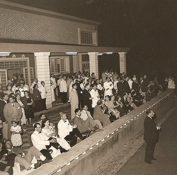 A ver o fogo de artificio? 1945?