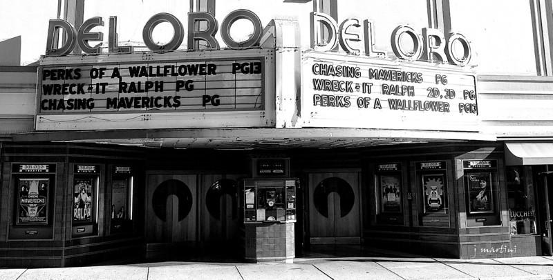 movie theater 11-13-2012.jpg