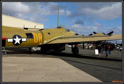 B-17 WWII  - A Bucket Ride