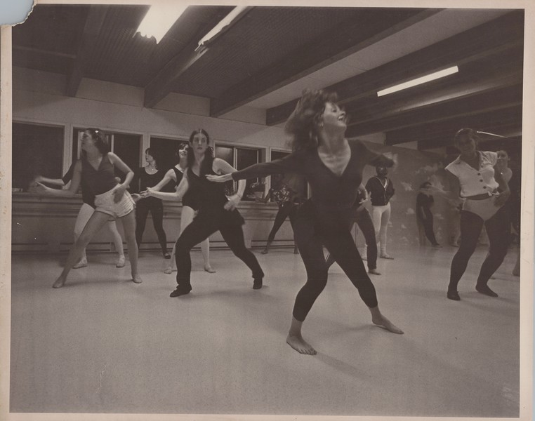 Dance_2384.jpg