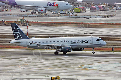 Mexicana Airline Airbus A320 Airliner Pictures