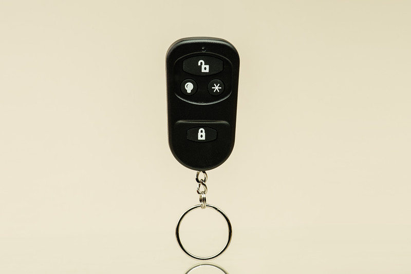Qolsis Key Fob-001-Edit.jpg