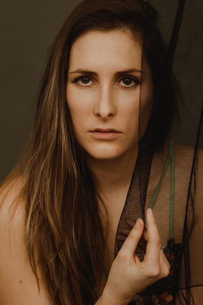 Emmy_boudoir_Jenny_Rolapp_Photography-12.jpg