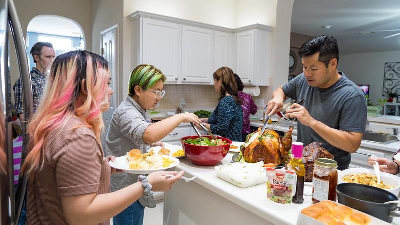 20191130_thanksgiving-vo-family_004.jpg