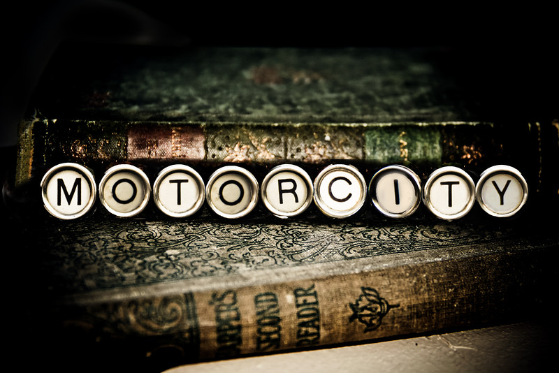 typewriter Motorcity keys photograph photography michigan lilacpop-1.jpg