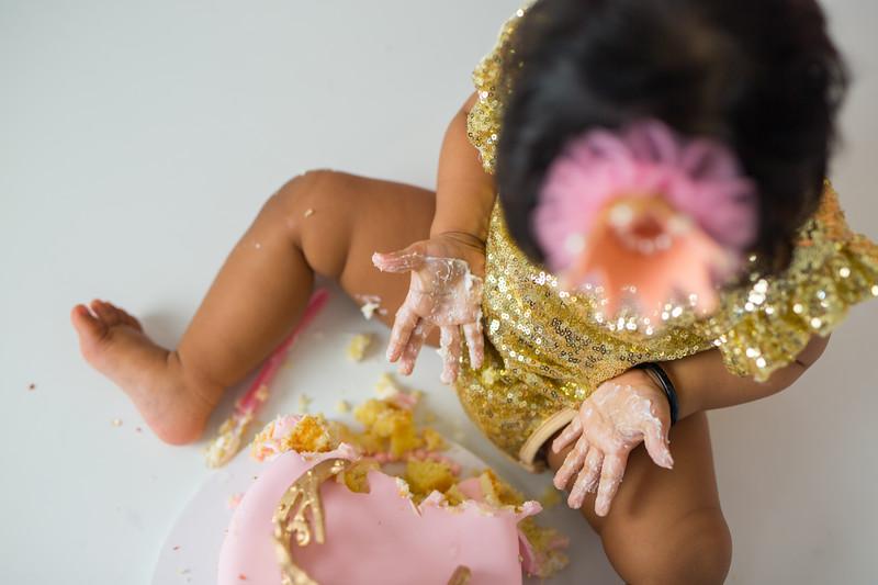 Ameera Cake Smash-21.jpg