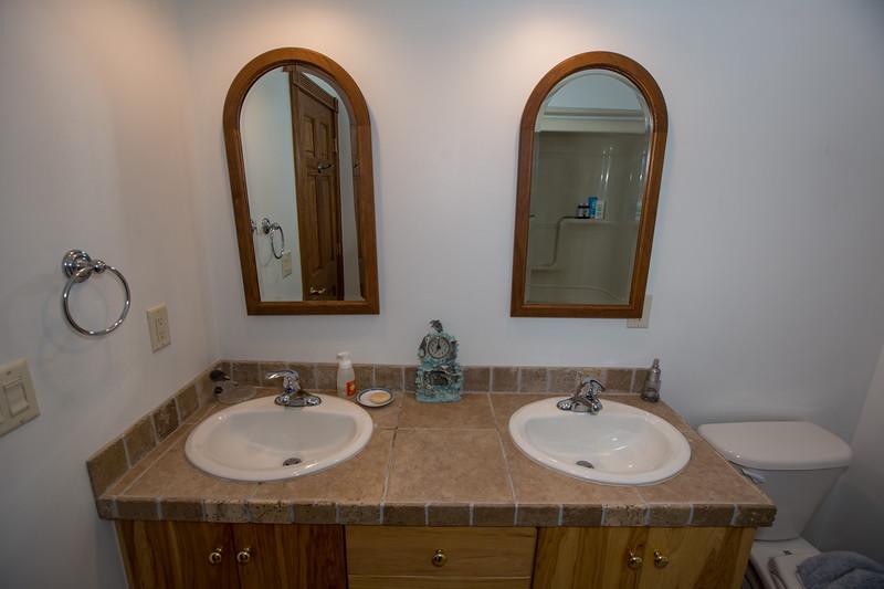 bathroom 2 (1 of 1)-3.jpg