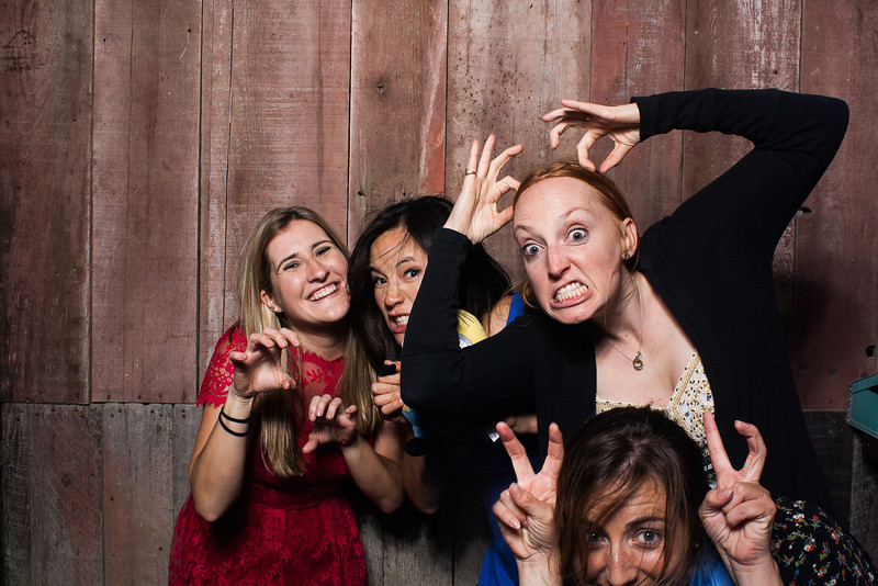 KatieTylerWeddingPhotobooth-0201.jpg