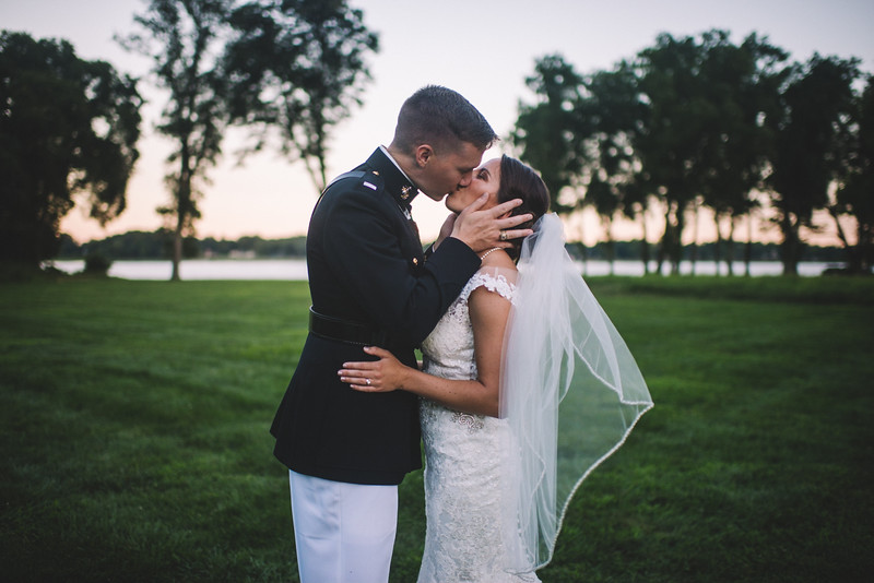 Philadelphia Wedding Photographer - Bernreuther-550.jpg