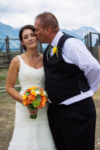 wedding-color-320.jpg