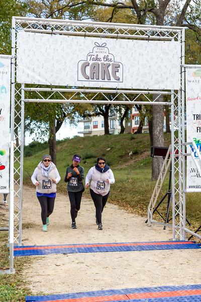 Social Running Take the Cake Waterside Nov 2018IMG_0509-Web.jpg