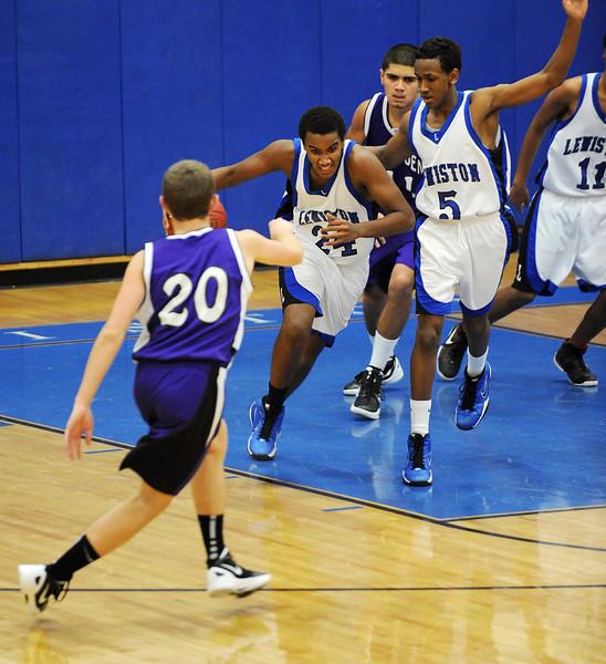 LHS JV basketball game between LHS and Hampden Academy