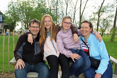Annemarie Minnesma Thoolen, Joost Kramer & Family