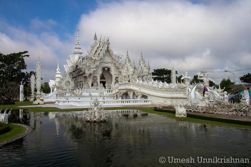 Thailand - Wat Rong Khun 3590.jpg