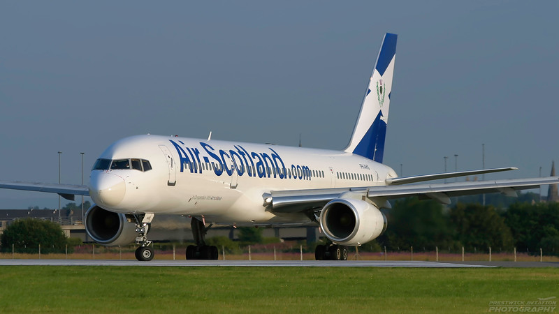 PH-AHS. Boeing 757-28A. Air Scotland. Glasgow. 080803.