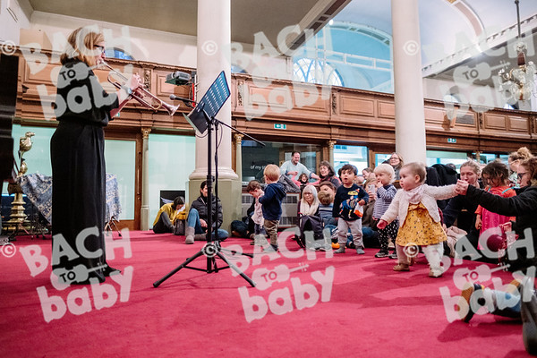 © Bach to Baby 2019_Alejandro Tamagno_Borough_2019-12-03 010.jpg