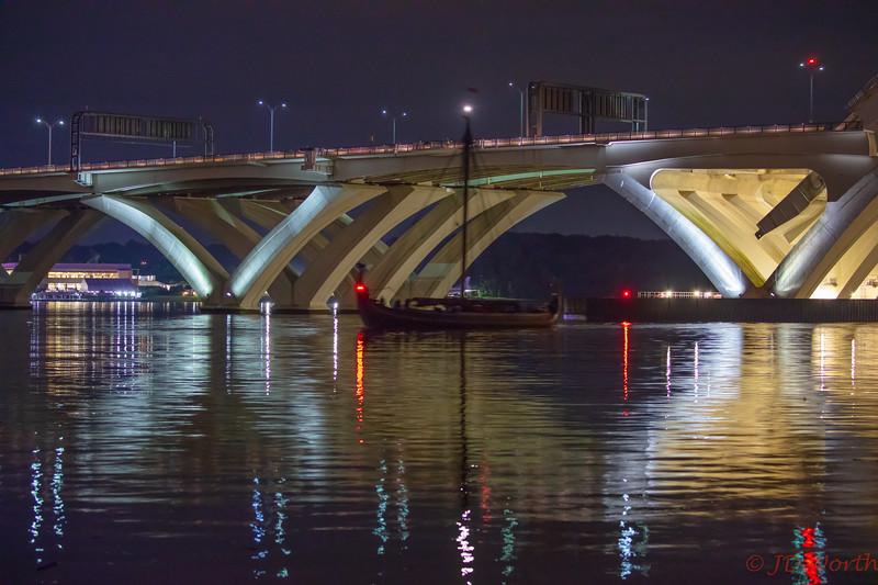 100418 Draken WWBridge Arrival - Draken Clear of Bridge High ISO-9107.jpg