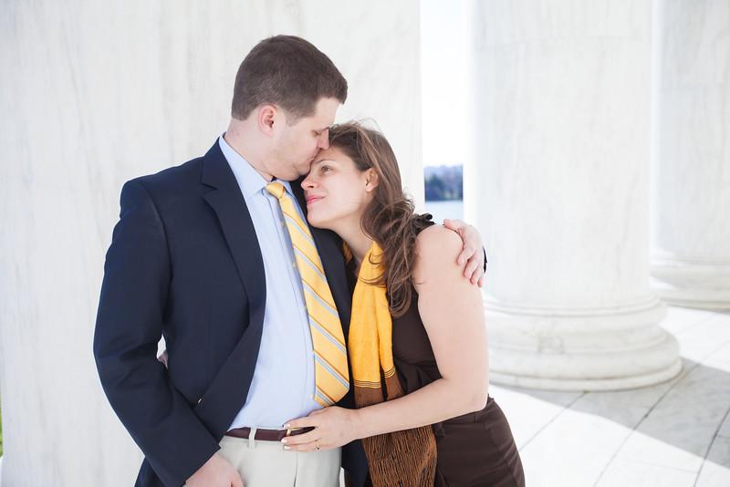 2013-04-03_Engagement DC Jefferson Memorial2_187.jpg