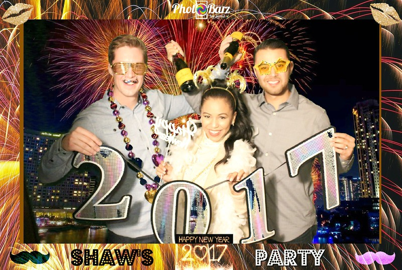 Shaws NYDay Party (92).jpg