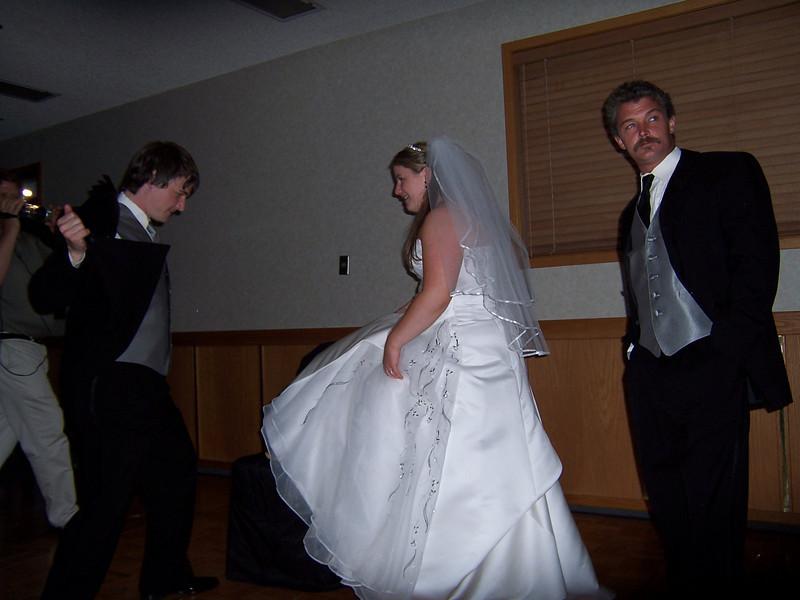 05_05_28mike and jen wedding 027.jpg