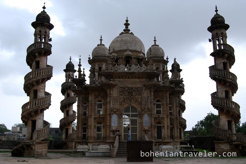 Vazir's Mausoleum at Mahabat Maqbara Junagadh.jpg