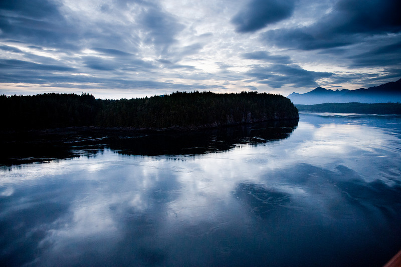 _RQ36286  Early twilight, Inside Passage