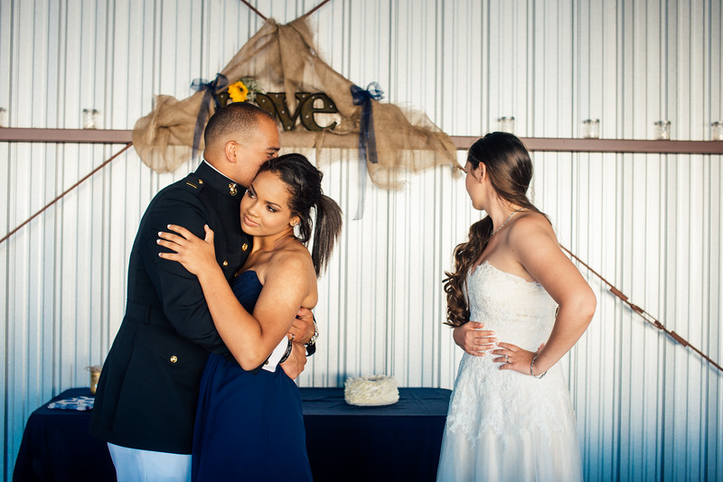 Kevin and Hunter Wedding Photography-13905017.jpg